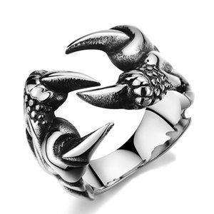 Wholesale 2017 New Rock Punk Male Biker Rings Stainless Steel Dragon Claw Rings For Men Vintage Gothic Jewelry Drop Shipping
