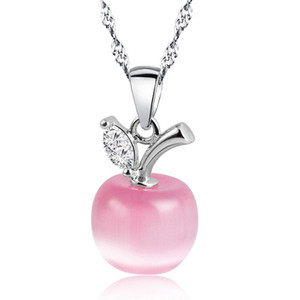 Wholesale New Cute White Red Apple Necklaces Pendants for Women Girls Crystal and Opal Pendant Necklace Fashion Lovely Clavicular Chain Jewelry