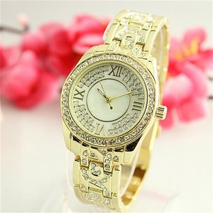 Wholesale Luxury diamond Crystal inlay snowflake shell dial big letters shell snowflake dial Fashion Woman Quartz Watches