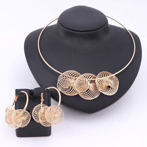 Wholesale Fashion Dubai Gold Plated Big Design Jewelry Set Nigerian Wedding African Beads Earrings Necklace Bridal Party Accessories Sets