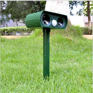 Wholesale ABS Solar Power Ultrasonic Signals Repeller Outdoor Bird Mouse Expeller Green Hot Sale New Gardent Product