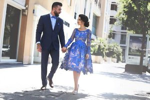 2017 Royal Blue Sheer Long Sleeves Lace Cocktail Dresses Scoop Knee Length A Line Short Homecoming Party Gowns on Sale