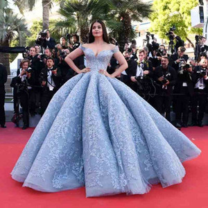 Sky Blue New Crystal Design 2019 Ball Gown Celebrity Prom Dresses Off-Shoulder Off-Shoulder Floor-length Lace Appliques dress evening wear on Sale