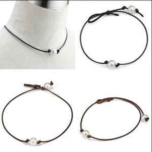 Wholesale Handmade Single Pearl Leather Choker Necklace on Genuine Black Brown Leather Cord For Women Fashion Imitation Natural Freshwater Pearl