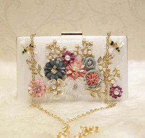 Wholesale Fashion Pearls Bridal Hand Bags With Flowers Dragonfly Clutches For Wedding Jewelry Prom Evening Party Bag CM CM