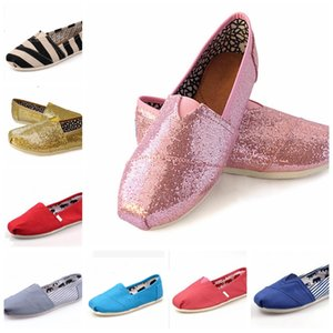 Wholesale 43 Colors Brand New Unisex Classic Fashion Women Flats Shoes Sneakers Women and Men Canvas Shoes loafers casual shoes Espadrilles Size 35-45
