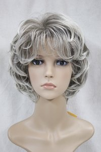 Wholesale 2017 new fashion health fashion light gray and dark root curly women s short wavy wig for every day wig
