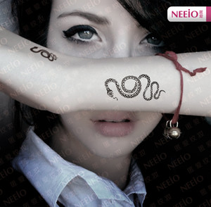 Wholesale New Top Fashion Temporary Tattoo Stickers Personality Snake Hand Wrist Sticker Waterproof Multigraph