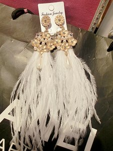 Wholesale Luxury Bridal Earring Ostrich Feather Elegant Pearls Wedding Accessories White Baroque Bridal Jewelries Fashion For wommen