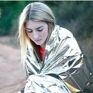 Wholesale WaterProof Emergency Survival Rescue Blanket Foil Thermal Space First Aid Sliver Rescue Curtain Outdoor
