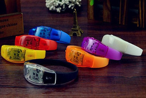 Cosplay toys Music Activated Sound Control Led Flashing Bracelet Light Up Bangle Wristband Club Party Bar Cheer Luminous Hand Ring Wholesale