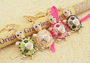 Wholesale Novelty Rhinestone Tortoise Key chains Fashion Animal Turtle Metal Crystal Pink Key Chains Pendant Gift for Women