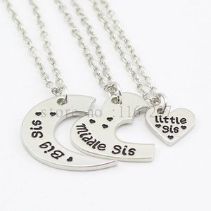 Wholesale 2016 new arrive quot Big Sis Middle Sis Lil Sis quot Necklace Hand Stamped necklace Cut Heart Mothers Day Family Gift Best friend Jewelry