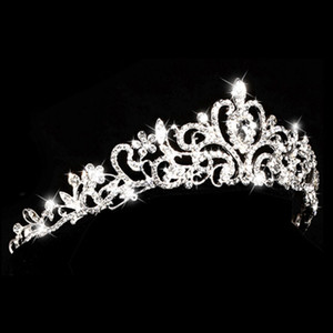 Europe and american style rhinestone queen wedding crown tiaras silver bridal pearl crystal alloy tiara hair jewelry accessories on Sale