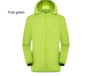 Wholesale 2017 latest autumn and winter men and women general sports jacket the color is complete the best choice for outdoor running