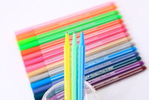 Wholesale 2017 the latest hot new color signature pen color water sign color bar water neutral pen