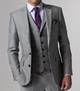 High Quality Light Grey Side Vent Groom Tuxedos Notch Lapel Groomsmen Best Man Mens Wedding Suits Bridegroom (Jacket+Pants+Vest+Tie) D:62