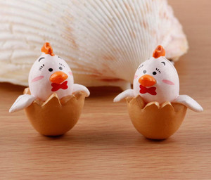Wholesale 2Pcs Mini Artificial Chicken Born Shell Resin Micro Landscape Figurine Decorations Craft DIY Crafts Miniature Fairy Garden Decor