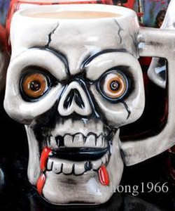 Wholesale Retro Creative Ceramic Cup Pirate Skeleton Skull Cups With Thickening Handle Unique Shape Personality Mug For Men And Women hf R