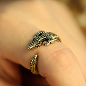 Wholesale antique jewlery for sale - Group buy New Punk Style Adjustable Crocodile Ring D Animal Antique Silver Bronze Punk Retro Style For Men Rings Jewlery