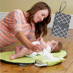 Wholesale Waterproof baby changing mat sheet portable diaper changing pad travel table Changing Station Kit Diaper Clutch care products
