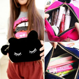 Wholesale Hot Sale Portable Cartoon Cat Coin Storage Case Travel Makeup Flannel Pouch Cosmetic Bag
