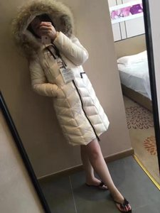 Wholesale MW06 French Brands Fashion Brand Ladies Jackets Real raccoon fur Hood women jacket winter coat thickening