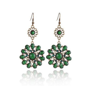 Wholesale Fashion Earrings Austrian Crystal Drops Stone Flower Dangling Earrings for Women Red Green Grey Color Charm Jewelry Christmas Gift