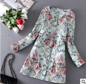 Wholesale New arrival women spring aesthetic of luxury three dimensional flower embroidery trench coat French style windbreaker coat women
