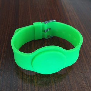 Wholesale- DHL free shipping 40pcs 13.56mhz 1k iso 14443a watch style silicon rfid wristband