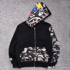 Wholesale Men s Black Shark Mouth Print Hoodie Jacket Camouflage Black Fleece Hoodies Sweatshirts Autumn Winter Men s Camo Hoodie