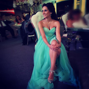 Wholesale Elegant Mint Green Tulle Evening Dresses Sweetheart Pleated Appliques Side Split Evening Gowns Modest Prom Dresses Zipper Up