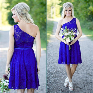 2020 Royal Blue Lace Short Bridesmaid Dresses One Shoulder Sexy Cheap Sleeveless Open Back Country Bridesmaids Dress Wedding Party Gowns on Sale