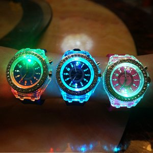 Wholesale Luxury Geneva Led Luminous Diamond Watch Rhinestone Crystal Light Wristwatch Men Women Silicone Jelly Candy Watches Quartz Wristwatches