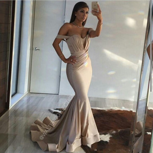 Wholesale 2018 Sexy Off The Shoulder Champagne Mermaid Evening Dresses Wear Arabic Ruched Draped Sweep Train Emerald Green Party Prom Gowns Plus Size