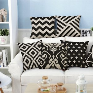 Wholesale Black And White Cushion Covers Geometric Triangles Stripe World Map Pillow Cover Decorative Velvet Pillow Case For Sofa Seat