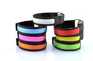 Cloth armband LED flash light arms with cycling skating for leisure Wrist strap factory direct sale