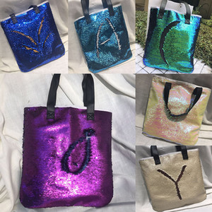 Wholesale Mermaid Sequin totes Bags Mermaid Bright Handbags Glitter Sequins Totes Glow Reversible Shopping Bags Designer Fashion Beach Bags WX B07