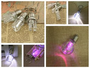 Good A++ Colorful light bulb keychain creative LED colorful light bulb pendant does not break KR193 Keychains mix order 20 pieces a lot