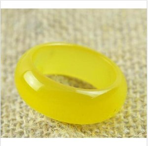 Wholesale new hot sell natural yellow onyx jade hand carved band ring size US10 mm