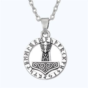 Fashion Special Design Thors Hammer Shape Pendant Amulet Necklace Stainless Steel Religious Pendant Necklace Fashion Jewelry