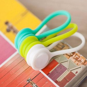 Wholesale Silicone Magnet coil earphone cable winder headset type bobbin winder hubs cord holder Cable Wire Organizer