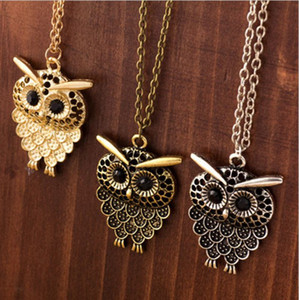 Wholesale Vintage Embedded drill Hollow carved Owl Pendant Necklace New Girl s Fashion Jewellry Silver Vintage Lovely Big Eyes Owl Charms