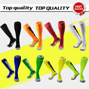 Wholesale plain red socks for sale - Group buy plain football socks white black red green yellow soccer socks