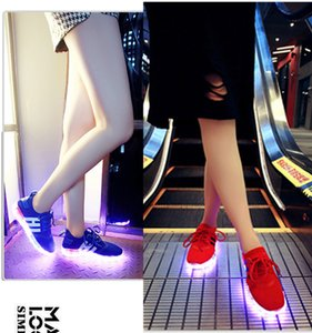 Wholesale 35 black red blue led women mesh runner shoes high top quality light up sneaker flashing for adult man Luminous glow flash