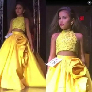 Wholesale Yellow Two Pieces Girls Pageant Dresses Lace Top Satin Skirt With Rose Ruffles A Line Flower Girls Dress For Weddings Kids Party Gown