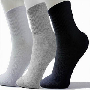 Hot Men Athletic Socks Sport Basketball Long Cotton Socks Male Spring Summer Running Cool Soild Mesh Socks For All Size free shipping on Sale