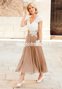 Vintage Elegant Chiffon Plus Size Mother Of The Bride Dresses With Short Sleeve V-Neck Lace Groom Pant Suits Gowns For Weddings