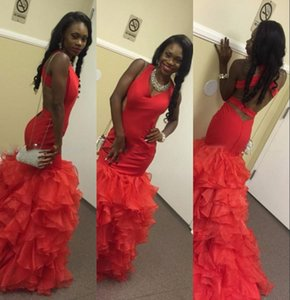 Wholesale Elegant Black Girl Prom Dresses Red Halter Tiered Mermaid Evening Gowns South African Style Backless Organza Rufhed Formal Party Dress