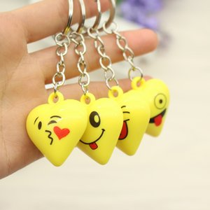 Wholesale Kawaii Cartoon Emoji Face Heart Shaped Keychains For Women Bag Pendant Car Keyrings Birthday Party Gift Wedding Favor